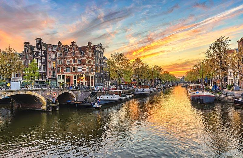 Amsterdam Karta Hotell.Amsterdam Reseguide Hotell Sevardheter Restips Bilsemester Net