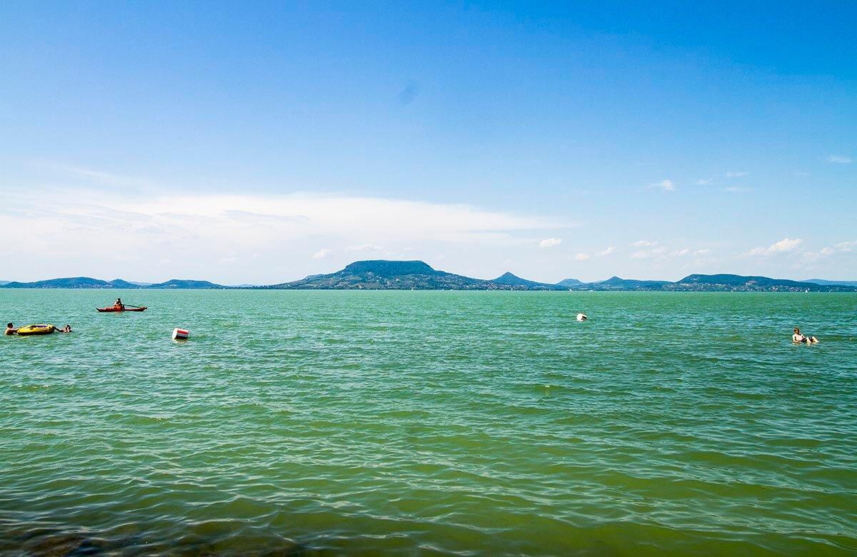 Vy över Balatonsjön