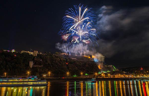 Koblenz sommarfestival vid Rhen