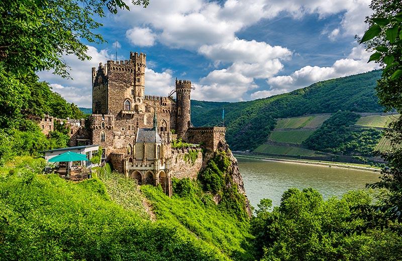 Slott i Rhendalen